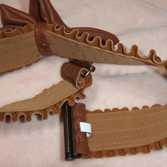 axes femme(アクシーズファム)のアクシーズ 茶色 ゴムベルト レディースのファッション小物(ベルト)の商品写真