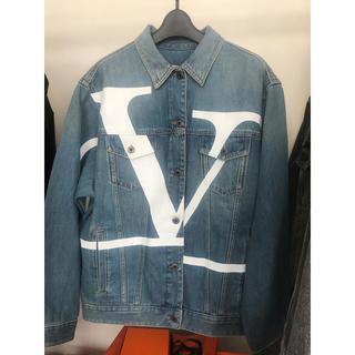 ヴァレンティノ(VALENTINO)のVALENTINO Vロゴ オーバーサイズデニムジャケット 新品(Gジャン/デニムジャケット)
