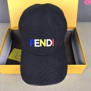 FENDI - FENDI フェンディ キャップ    新品