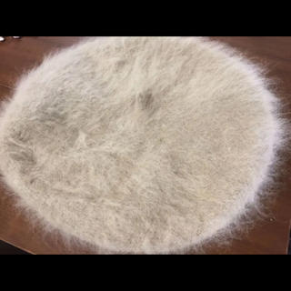 アースミュージックアンドエコロジー(earth music & ecology)のアンゴラ&ラビットファーミックス グレージュ色ベレー帽(ハンチング/ベレー帽)