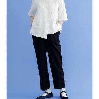 メルロー(merlot)のmont blanc様専用☆メルロー センタープレスストレートパンツ(カジュアルパンツ)