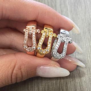 話題商品☆18K金コーティング☆キラキラ ホースシュー指輪(リング(指輪))