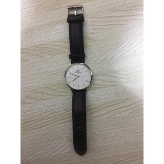 ダニエルウェリントン(Daniel Wellington)のダニエルウェリントン 腕時計 ケース付き(腕時計(アナログ))