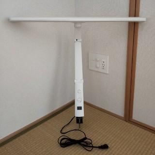 ムジルシリョウヒン(MUJI (無印良品))のLED デスクライト アームスタンド アイリスオーヤマ デスクライト LED(テーブルスタンド)