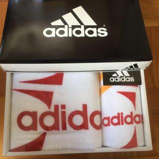 アディダス(adidas)のアディダス❤️タオルセット(タオル/バス用品)