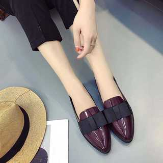 エナメル素材のポインテッドトゥシューズ♡リボンシューズ*ワインレッド*新品(ローファー/革靴)