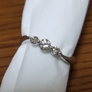 0.3ctダイヤのプラチナリング(リング(指輪))