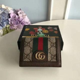 Gucci - 大人気GUCCI 折り財布