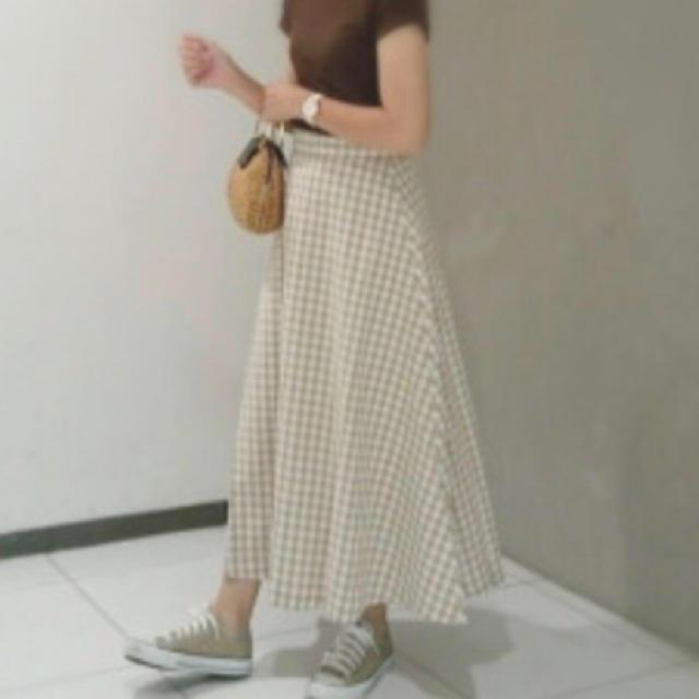 GU(ジーユー)のGU ギンガムチェックロングスカート XL ベージュ レディースのスカート(ロングスカート)の商品写真