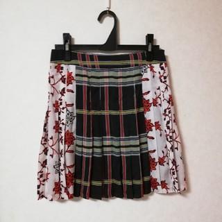 ザラ(ZARA)のZARA ザラ ミニスカート プリーツスカート 花柄 ドット パッチワーク(ミニスカート)