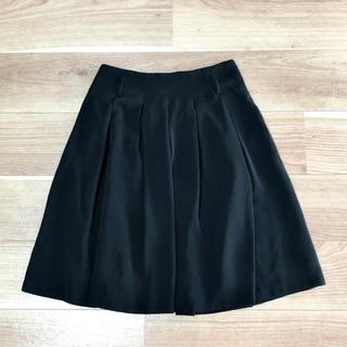 ジーユー(GU)のスカート ブラック 黒(ひざ丈スカート)