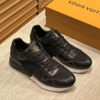 LOUIS VUITTON - LOUIS VUITTON 靴/シューズ スニーカー