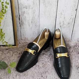 サンローラン(Saint Laurent)のYSL イヴ・サンローラン ローファーパンプス(ローファー/革靴)