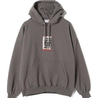 ビームス(BEAMS)のblack eye patch label hoodie(パーカー)