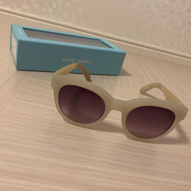 TOMS(トムズ)のサングラス レディースのファッション小物(サングラス/メガネ)の商品写真