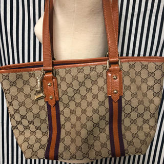 Gucci - 正規品GUCCIグッチGG柄トートバッグ137396