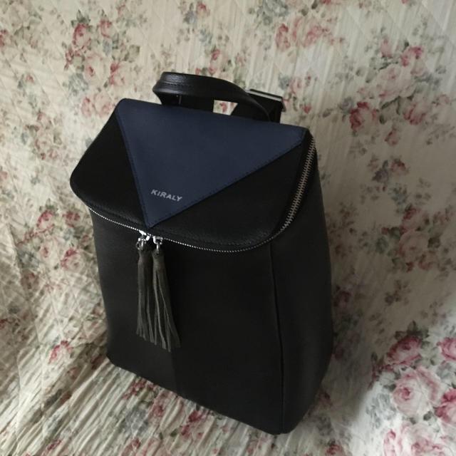 KIRALY(キラリー)のキラリー  牛革リュック 定価37800 レディースのバッグ(リュック/バックパック)の商品写真