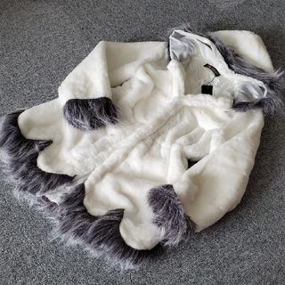 フード付きコート白 ふわふわ軽い着心地 フェイクファー(毛皮/ファーコート)