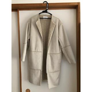 ローリーズファーム(LOWRYS FARM)のローリーズファーム  ムートンノーカラー コート ホワイト(ムートンコート)