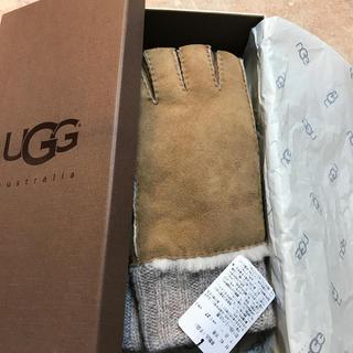 アグ(UGG)のUGG 羊革手袋 新品 タグ付き箱付き(手袋)