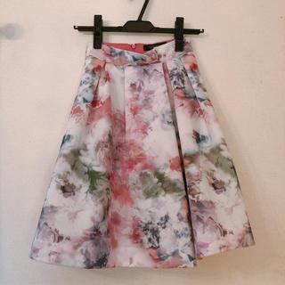 ジャスグリッティー(JUSGLITTY)のジャスグリッティー 花柄スカート 00サイズ xsサイズ ピンク チェスティ(ひざ丈スカート)