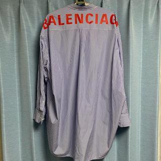 バレンシアガ(Balenciaga)のBALENCIAGA シャツ スウィングシャツ(シャツ)