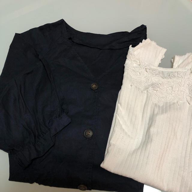 GU(ジーユー)のGU リネンブレンドフロントボタンブラウス&2wayレースタンクトップ セット レディースのトップス(シャツ/ブラウス(半袖/袖なし))の商品写真