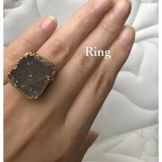 新品 【 1点もの 】 ♡ 天然石 リング  グレー色(リング(指輪))