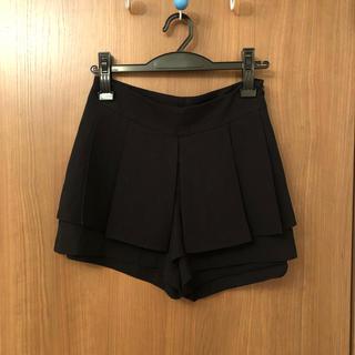 dholic - ミニスカートに見えるショートパンツ 綺麗目