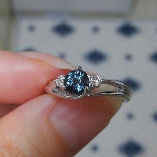 カラーチェンジガーネット ベキリーブルーガーネットのリング(リング(指輪))
