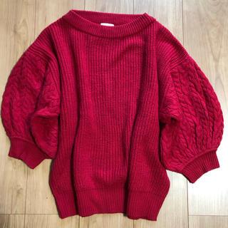 ジーユー(GU)の赤ニット(ニット/セーター)