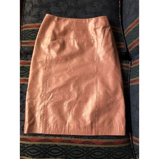 アンテプリマ(ANTEPRIMA)のアンテプリマ★羊皮スカート★40★シャンパンピンク(ひざ丈スカート)