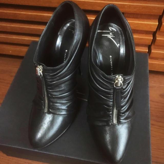 GIUZEPPE ZANOTTI(ジュゼッペザノッティ)のジュゼッペザノッティ ブーティ ブーツ 黒 レディースの靴/シューズ(ブーティ)の商品写真