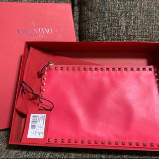 ヴァレンティノ(VALENTINO)のヴァレンティノ クラッチバッグ(クラッチバッグ)