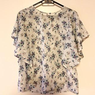 ダブルクローゼット(w closet)の花柄ブラウス リボン付き(シャツ/ブラウス(半袖/袖なし))