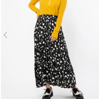 セシルマクビー(CECIL McBEE)のセシルマクビー  花柄プリーツスカート(ロングスカート)
