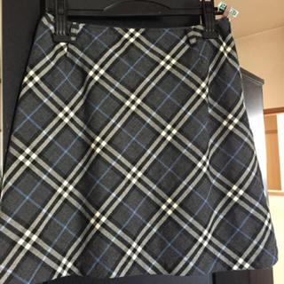 バーバリーブルーレーベル(BURBERRY BLUE LABEL)のグレーチェックスカート(ミニスカート)