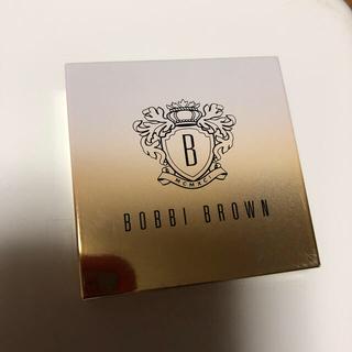 ボビイブラウン(BOBBI BROWN)の【限定品】ボビイ ブラウン ミニ ハイライティング パウダー 01 ピンクグロウ(フェイスカラー)