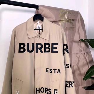 BURBERRY - BURBERRY ホースフェリープリントのカーコート