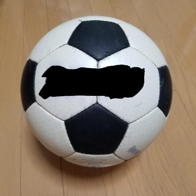 molten(モルテン)のサッカーボール5号 スポーツ/アウトドアのサッカー/フットサル(ボール)の商品写真