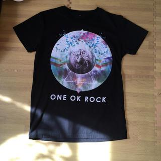 ワンオクロック(ONE OK ROCK)のワンオクロック ツアーテイシャツ (Tシャツ(半袖/袖なし))