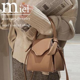 ディーホリック(dholic)の《3colour》square shoulder bag/スクエア型 バッグ(ショルダーバッグ)