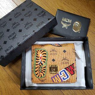 エムシーエム(MCM)のMCM × BAPE® SHARK ZIP WALLET(折り財布)
