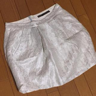 ザラ(ZARA)のZARA 白シルバースカート(ミニスカート)