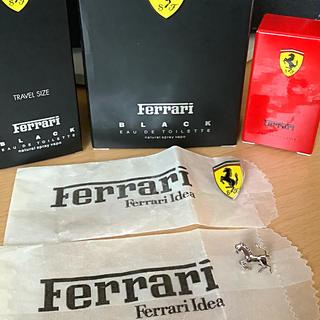 フェラーリ(Ferrari)の【美品】フェラーリ・ラペルピン/Ferrari Idea ピンバッチ&香水外箱付(その他)