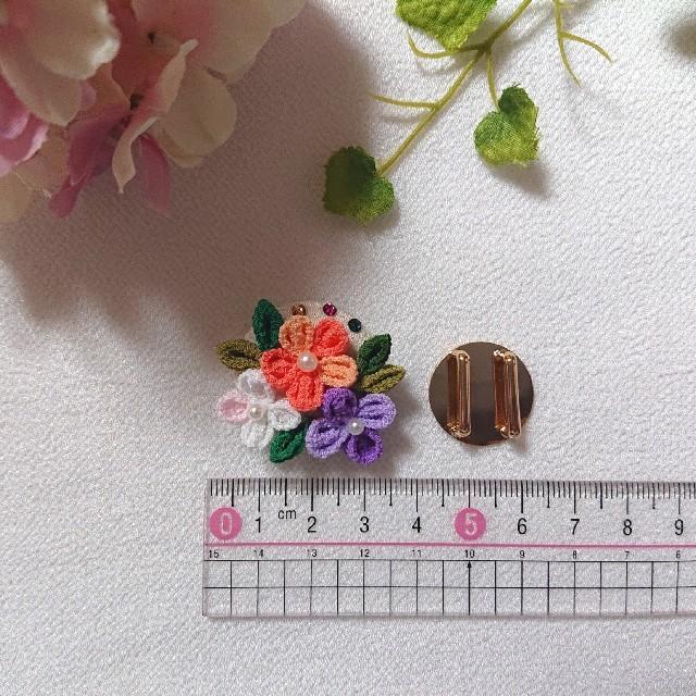 小花*帯留め  つまみ細工 くるみボタン使用② レディースの水着/浴衣(和装小物)の商品写真