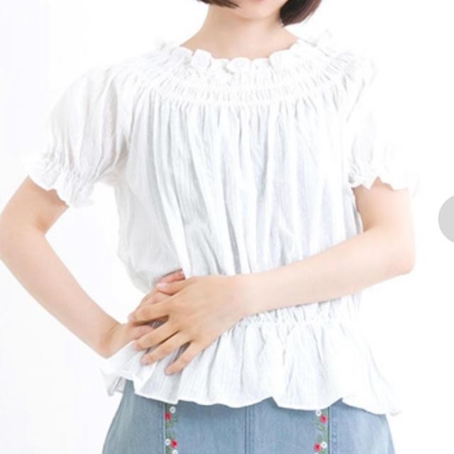 merlot(メルロー)のオフショルダー レディースのトップス(シャツ/ブラウス(半袖/袖なし))の商品写真