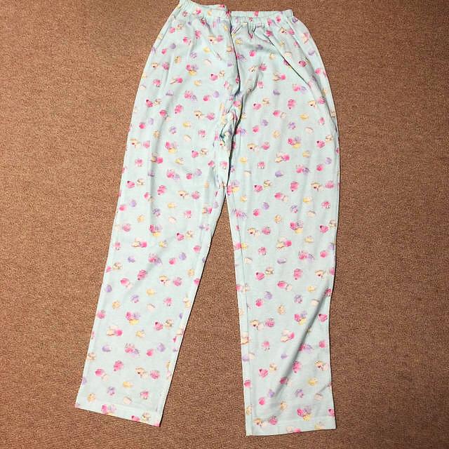 narue(ナルエー)のマカロン柄 長袖・長パンツ NARUE パジャマ レディースのルームウェア/パジャマ(パジャマ)の商品写真