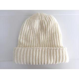 ウィゴー(WEGO)の白ニット帽 wego(ニット帽/ビーニー)