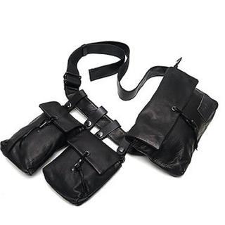 ヨウジヤマモト(Yohji Yamamoto)のヨウジヤマモト yohji yamamoto ボディーバッグ 3連バッグ(ボディーバッグ)